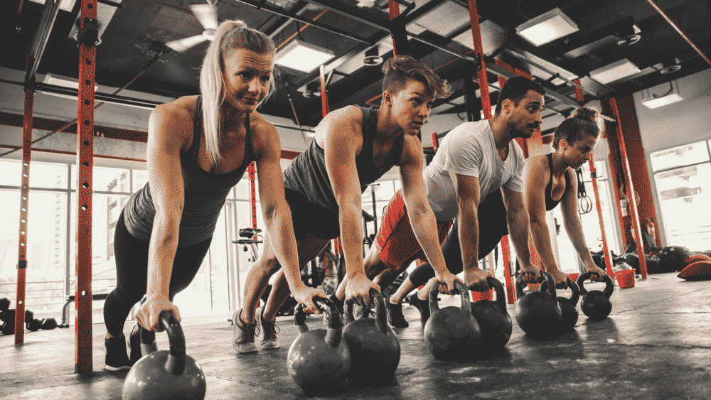 Crossfit, Trainingsteam, Fitnesscenter, Liegestütz, Kettleballs